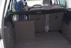 Rollstuhlverladesystem LADEBOY S2 mit Schwenkmodul für mehr Sitzplätze
