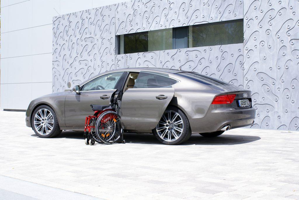 Rollstuhlverladesystem LADEBOY S2