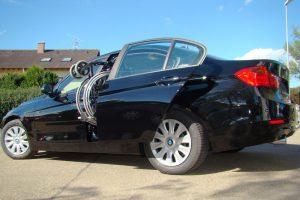 BMW 3er Limousine mit Rollstuhlverladesystem LADEBOY S2