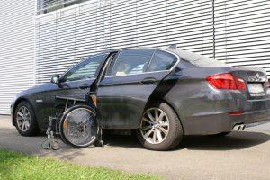 BMW 5er Limousine mit Rollstuhlverladesystem LADEBOY S2