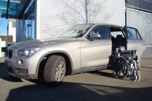 BMW X1 mit Rollstuhlverladesystem LADEBOY S2
