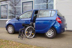 Hyundai i20 mit Rollstuhlverladesystem LADEBOY S2