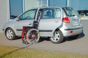 Hyundai Getz mit Rollstuhlverladesystem LADEBOY S2