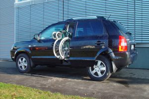 Hyundai Tucson mit Rollstuhlverladesystem LADEBOY S2
