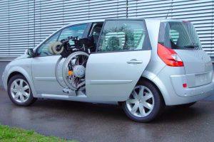 Renault Scenic mit Rollstuhlverladesystem LADEBOY S2