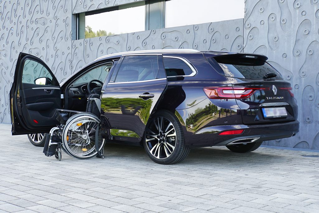Renault Talisman mit Rollstuhlverladesystem LADEBOY S2