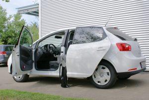 Seat Ibiza mit Rollstuhlverladesystem LADEBOY S2
