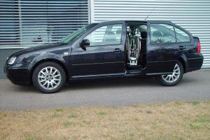 VW Bora mit Rollstuhlverladesystem LADEBOY S2