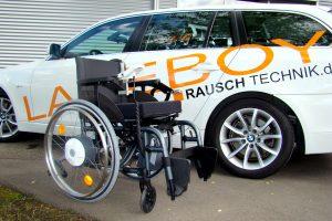 LADEBOY und Rollstuhl mit e-fix Antrieb.